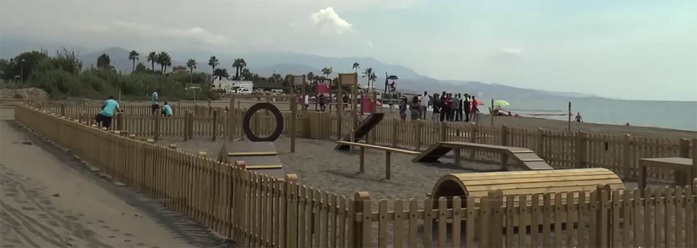 Playa de Torre del Mar - Zona de juegos