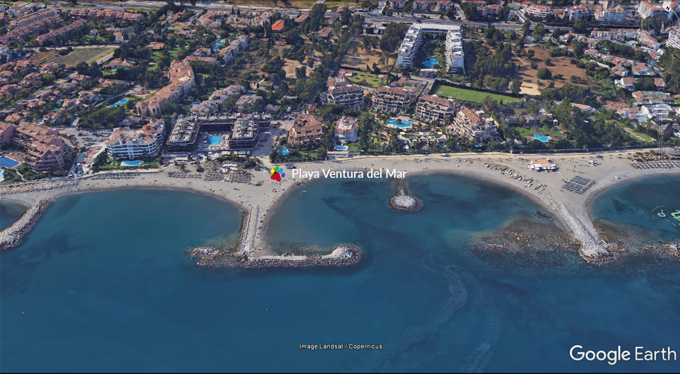 Playa Ventura del Mar junto a Puerto Banus