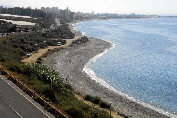 Vista aérea de la playa para perros La Rana - Adra - Almería